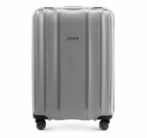 4f5aed81ef2f5 Warto pamiętać również o tym, by po każdym wyjeździe oczyścić system kółek,  w które wyposażona jest walizka. Regularne usuwanie kurzu i piasku uchroni  ...