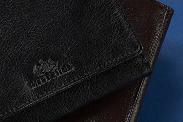 Czyszczenie skórzanego portfela od A do Z