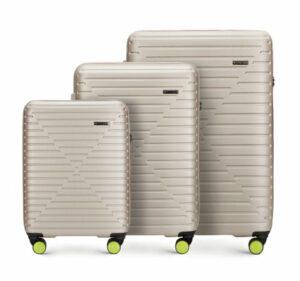 beżowy zestaw walizek z Linii K2