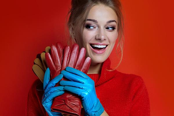 Skórzane rękawiczki – idealny prezent dla stylowej kobiety