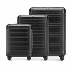 set walizek z kolekcji Modern Line