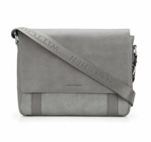 szara torba na laptopa