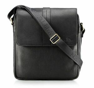 czarna listonoszka z klapą z kolekcji Office Leather