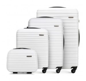 biały zestaw walizek z kolekcji GROOVE Line