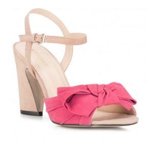 malinowe sandały z kokardką
