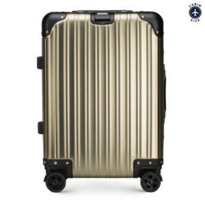 twarde walizki: stylowa walizka z aluminium