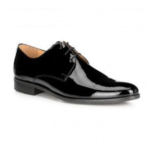 czarne buty ze skóry lakierowanej