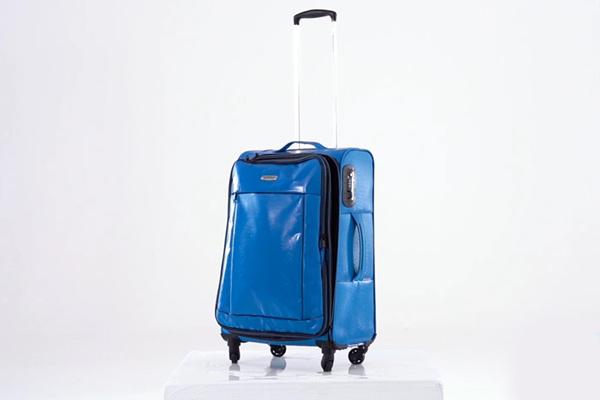 Czy miękkie walizki WITTCHEN są wodoodporne Zobacz test!