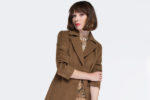 Jak czyścić wełniany płaszcz Sposoby na odświeżanie wełnianej odzieży