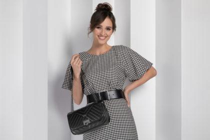 Czarna torebka – klasyka gatunku. Jak ją nosić