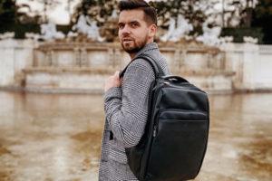 Plecak czy torba na laptopa – co wybrać
