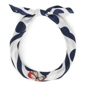 prezent dla dziewczyny: biało-granatowa apaszka