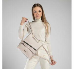 porządki w szafie: plecak damski z kolekcji Young