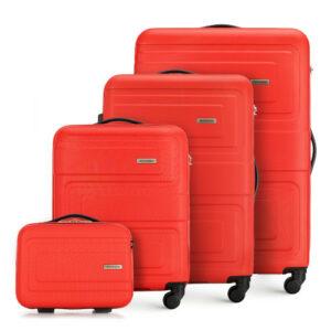 Zestaw wytłaczanych walizek