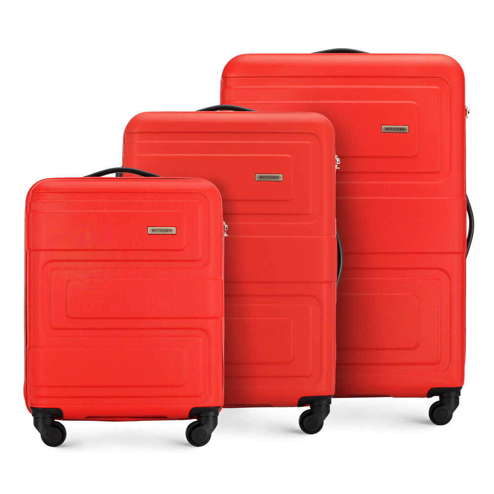 Zestaw czerwonych walizek z ABS