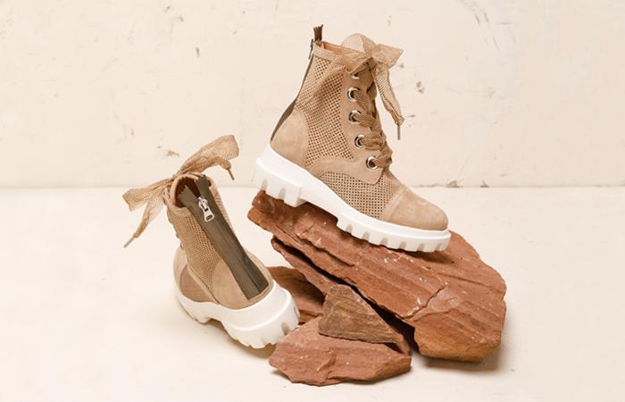 Суровая  природа: женские замшевые ботинки